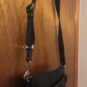 Coach adjustable pocketbook